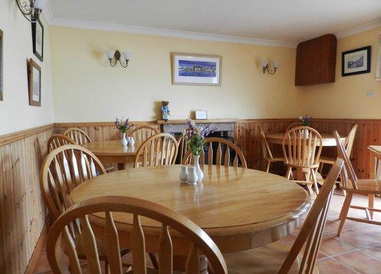 White Cottage Tea Rooms: White Cottage Tea Room Interior