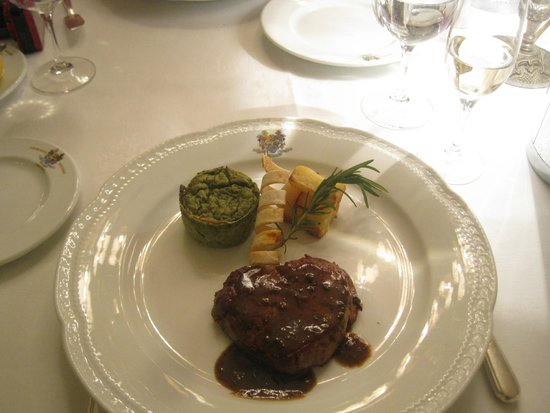 Grand Hotel Miramare: Delicious Dinner at Hotel's Restaurant
