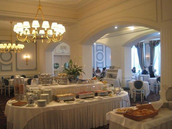 Grand Hotel Miramare: Onsite Restaurant for Breakfast