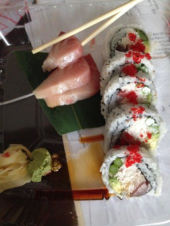 Nagoya Japanese Steakhouse and Sushi : Sushi take out - yellow fin tuna and LA Roll