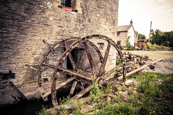 Bective Mill House B&B : The old Mill Waterwheel