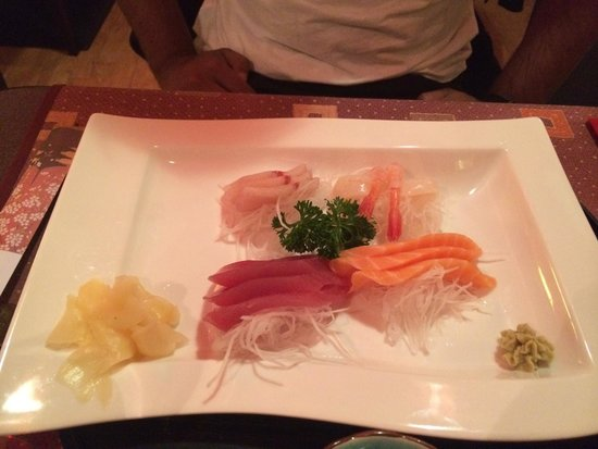 Ume : Assortment sashimi