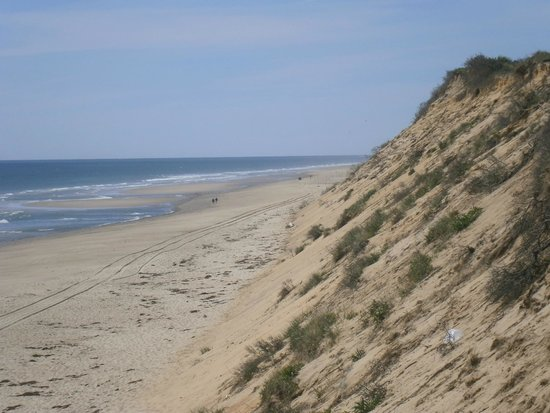 Marconi Beach: Looking south from the top of the stairs