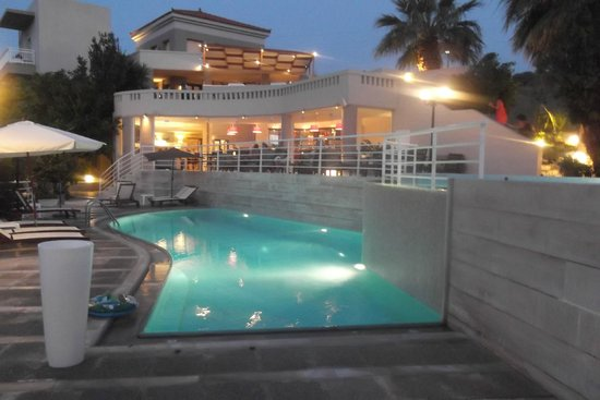 Hotel Pelagia Bay: le soir