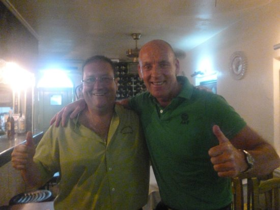 Maritoni : raul and myself give the thumbs up to another great meal