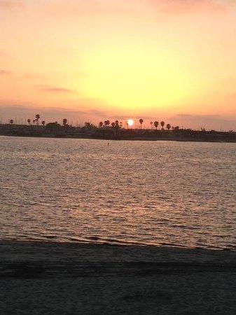Paradise Point Resort & Spa : Sunset