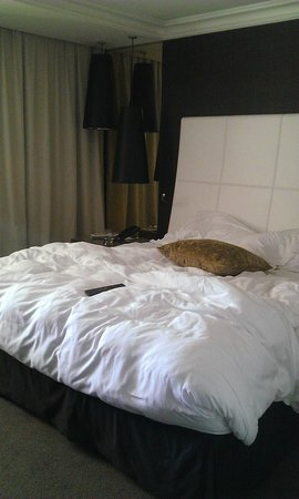 InterContinental Marseille - Hotel Dieu : literie impécable