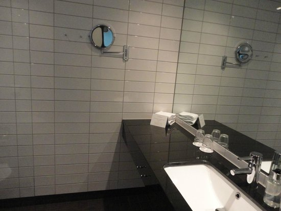 Best Western Plus Sthlm Bromma: bathroom