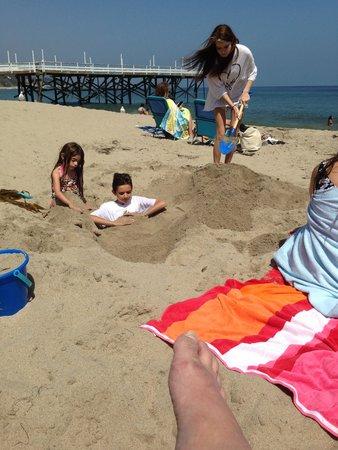 Paradise Cove Beach Cafe: fun at the cove