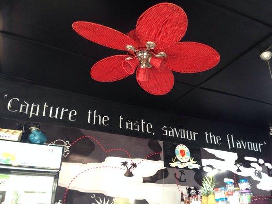 Puerto Pirata Deli: Neat little shop