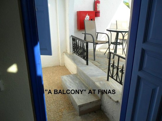 Finas Hotel Apartments: when you book a room, ask them to define