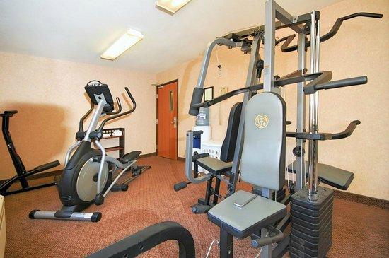 Comfort Inn - Midtown: Fitness Center