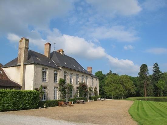 Chateau de Sarceaux : Genuine French hospitality