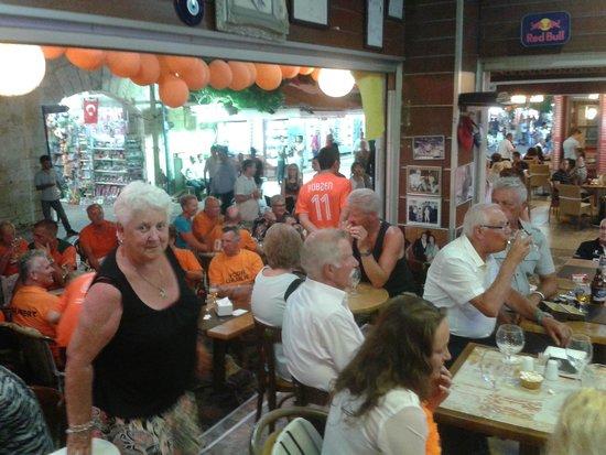 Dedem K. Restaurant: Nederland Spanje voetbalwedstrijd