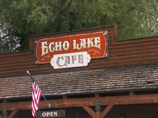 Echo Lake Cafe: View of Cafe Sign