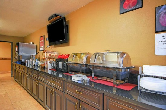 Econo Lodge: Breakfast Buffet