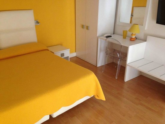 La Piazzetta Guest House : Main room upsairs