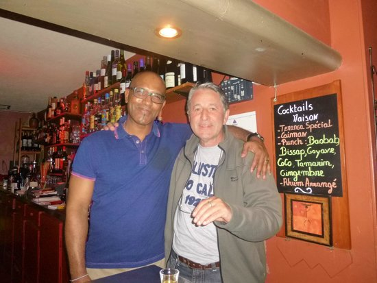 Teranga Bar Restaurant : Paulo Prestes e Família Brasil