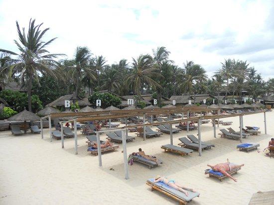 Bamboo Village Beach Resort & Spa : Beach