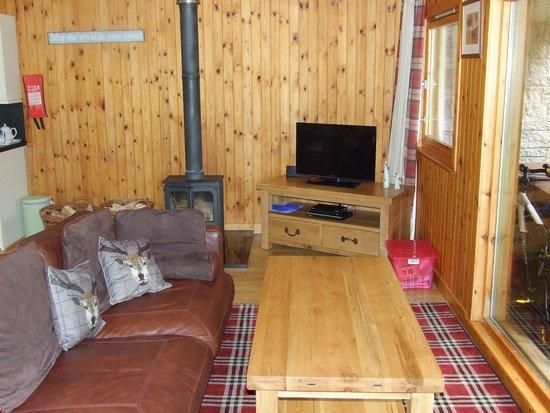 Wildside Highland Lodges: Lounge