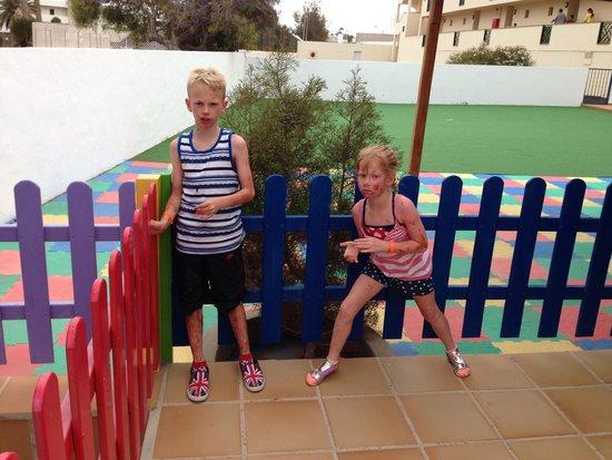 Apartamentos El Trebol: Kids club