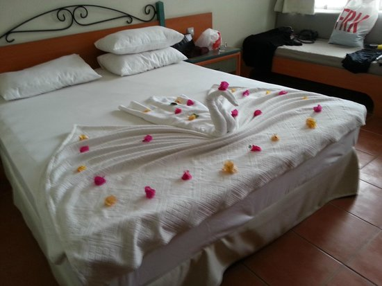 Suncity Hotel & Beach Club: Room 1122