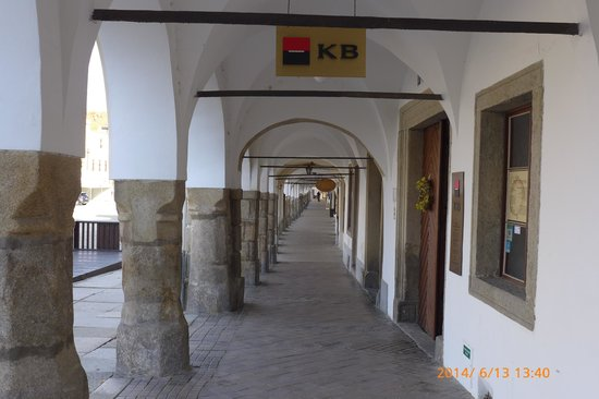 Historic Centre of Telc: 整齊的廊道