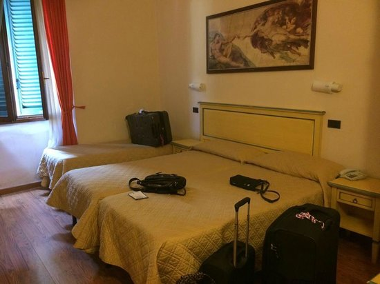 Hotel Vasari Palace: Our room
