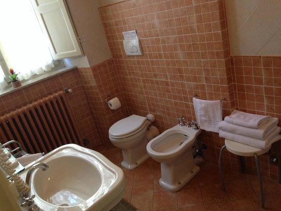 Relais San Lorenzo: Lovely bathroom