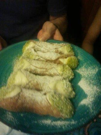 Scilla & Cariddi: Cannoli