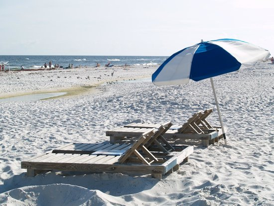 Holiday Inn Express Orange Beach: Beach front property