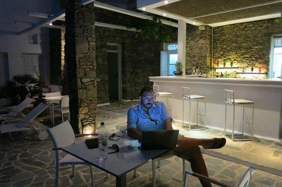 Apanema Resort: Bar area