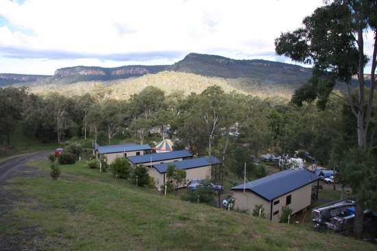 Big4 Cania Gorge Holiday Park: Great views from our  Hillside Villas