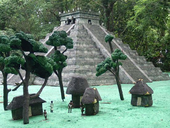 Discover Mexico Cozumel Park: Replica of Mayan temple