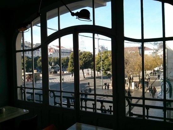 Internacional Design Hotel: Vista dalla sala da pranzo
