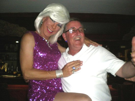 Queens Hotel : My mate and Dusty