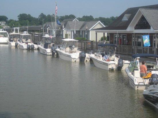 Smithfield Station: Dock along side the boardwalk