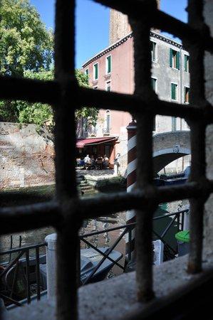 Hotel Ca' Vendramin di Santa Fosca : through the window of room 101