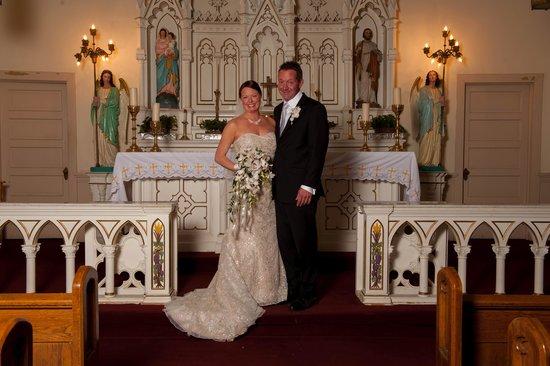 Aspen Manor Resort: The Beautiful Chapel!