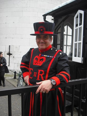 Hilton London Tower Bridge: London Tower  guarda uniformizado