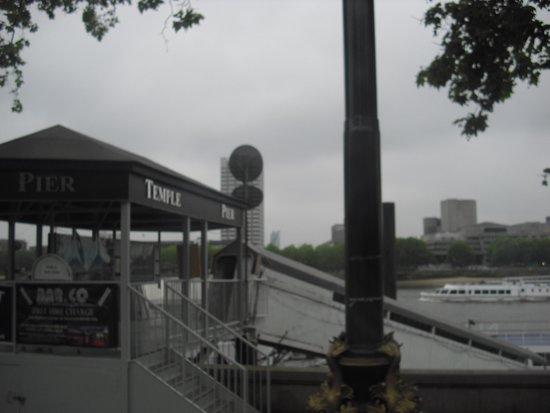 Hilton London Tower Bridge: London Tamise River