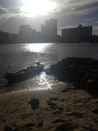 The Condado Plaza Hilton: beautiful sunset view from beach at the hotel