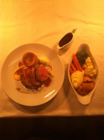 The White Swan: Roast beef for one.