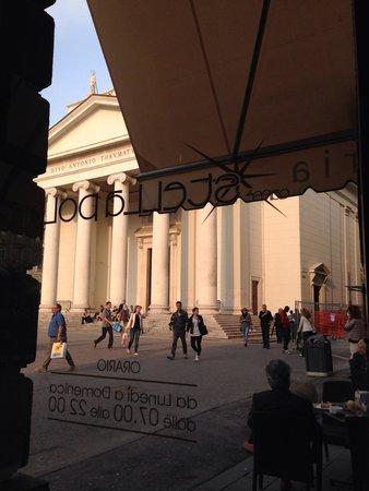 North Star Cafe : Vista su Piazza Sant'Antonio