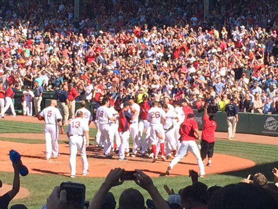 Fenway Park: Red Sox win!!!