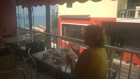Hotel Brati II Beach: Our breakfast