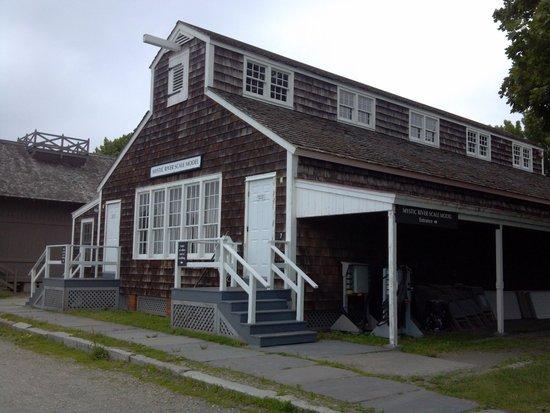 Mystic Seaport: River Scale Model house