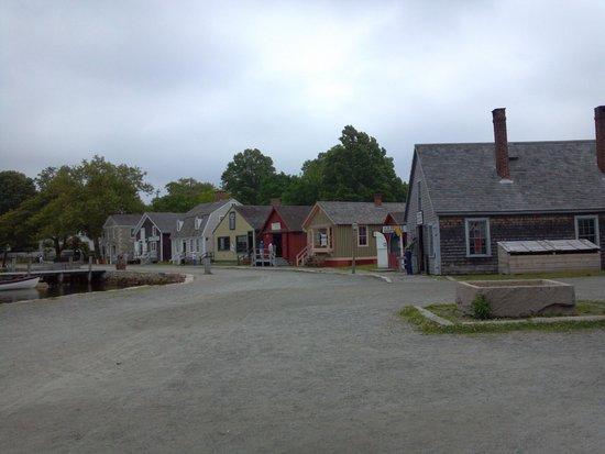 Mystic Seaport: village