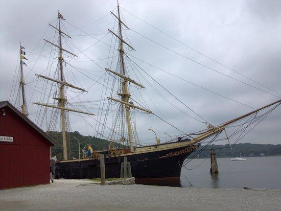 Mystic Seaport: Ship
