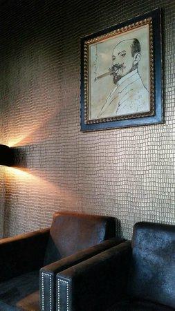 Crowne Plaza Den Haag - Promenade: Sophisticated Adult Smoking Lounge